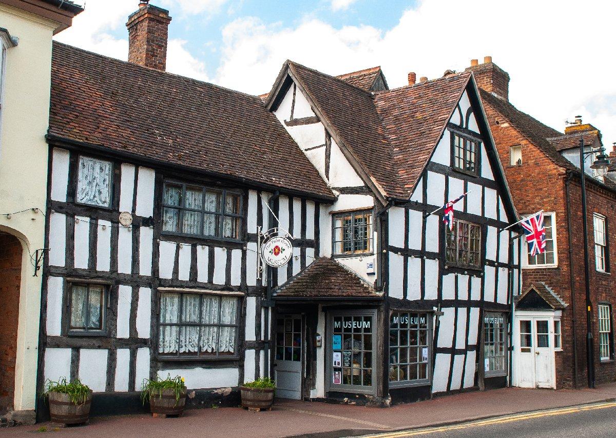 Tudor House Museum Exterior